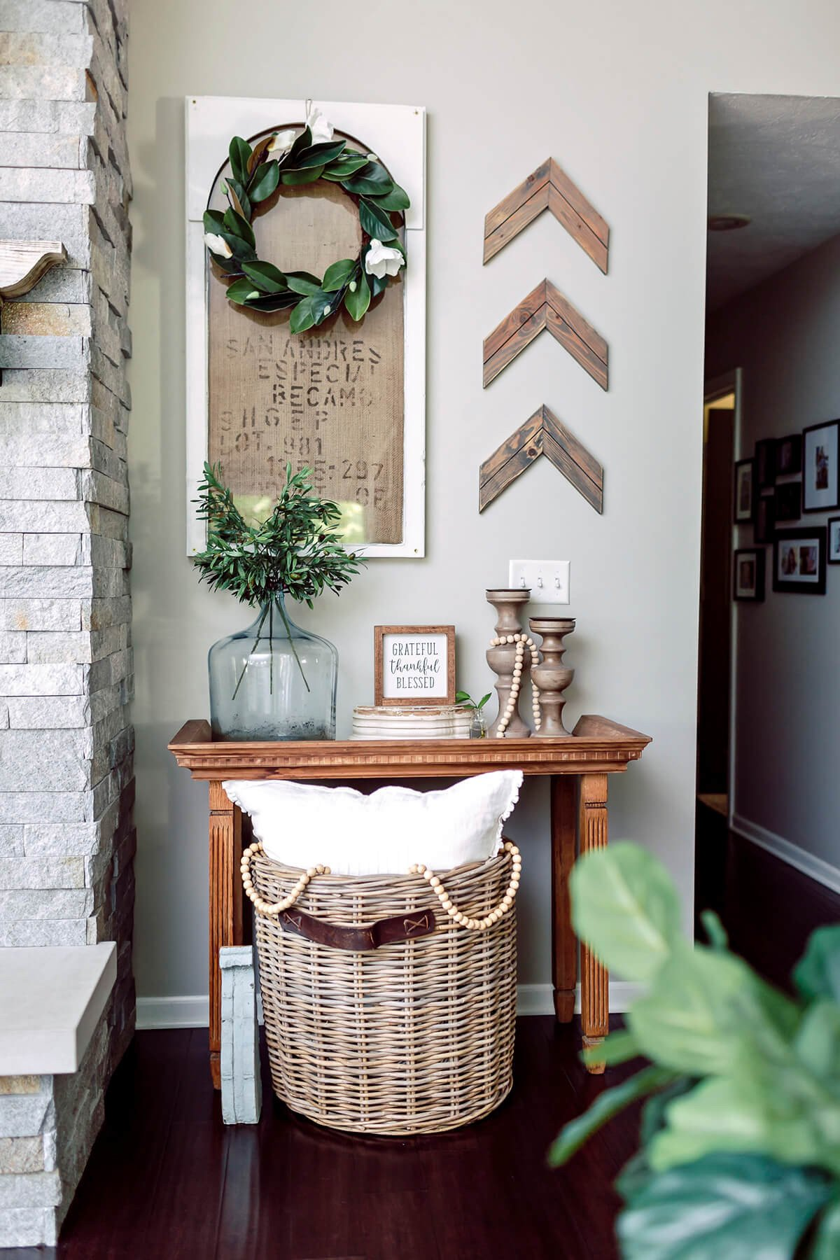 Wall Decor Ideas Living Room 33 Best Rustic Living Room Wall Decor Ideas and Designs