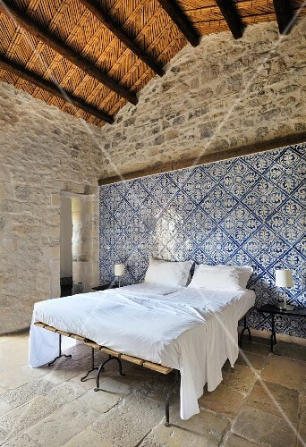 Wall Tiles for Bedroom Bedroom with Blue and White Wall Tiles … – Buy Image