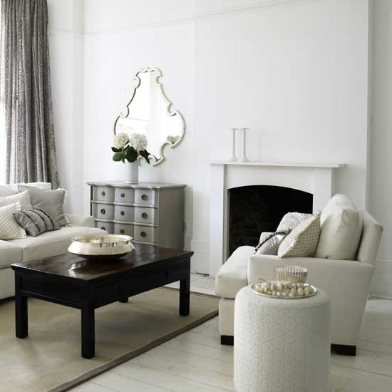 White Traditional Living Room 21 Black and White Traditional Living Rooms Digsdigs