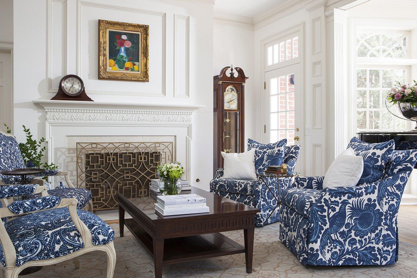 White Traditional Living Room Lake Sherwood